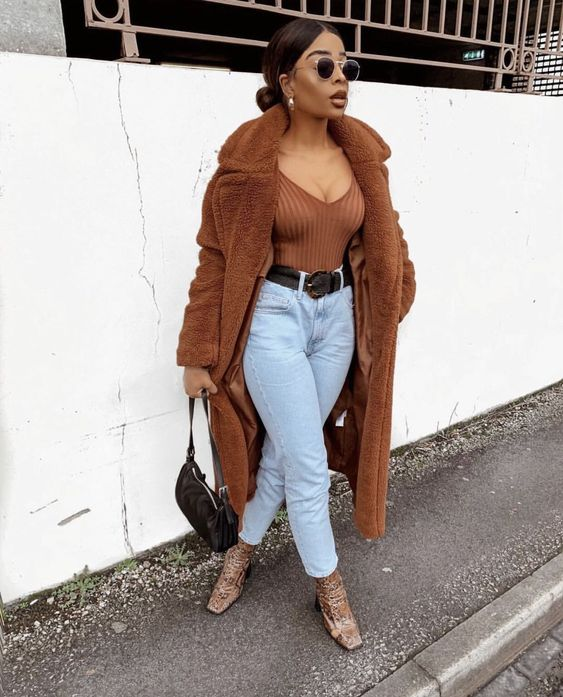 Teddy-Coat-outfit-with-jeans_Phuck-It-Fashion